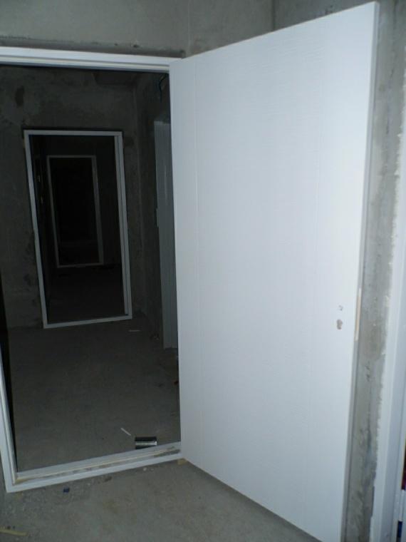 Дверь в тамбур